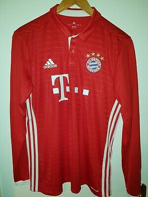 delicate colors attractive price newest FC BAYERN MUNCHEN match worn player issue shorts hose trikot ...