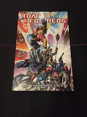 Transformers: Transformers: More Than Meets the Eye Volume 5 : More Than...