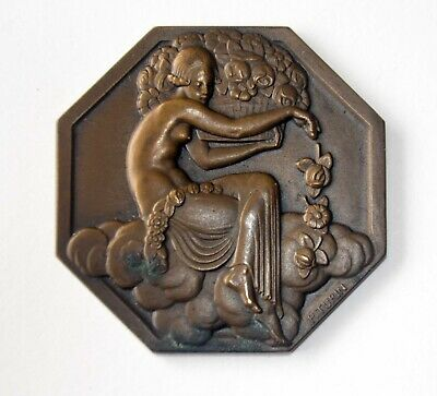 International Exhibition of Modern Decorative and Industrial Arts Medal boxed