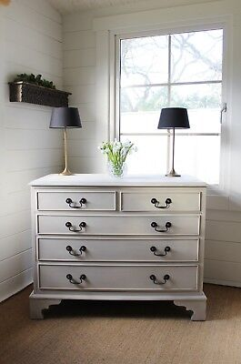 """Stunning Georgian Style """"artisan Painted"""" Large Chest Of Drawers/"""" Palest Grey"""""""