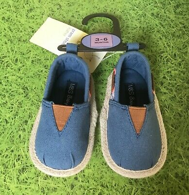 526 Boys Sky and Navy Baby Pram Shoes