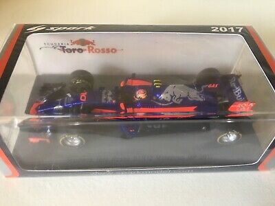 Spark F1 1/43 Red Bull Toro Rosso STR12 Gasly Malaysian GP 2017