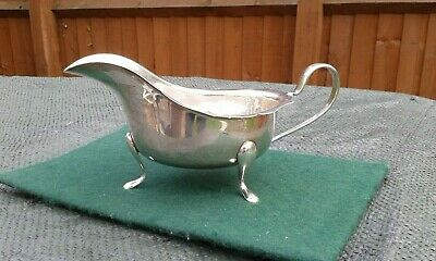 A Superb Solid Sterling Silver Sauce / Gravy Boat.