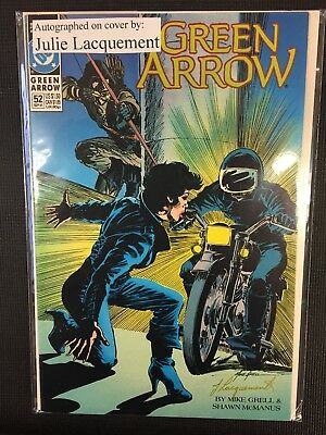 DC Comics Green Arrow Signed/Autographed By Julia Lacquement Issue# 52