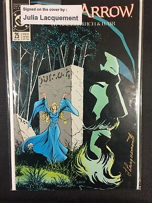 DC Comics Green Arrow Signed/Autographed By Julia Lacquement Issue# 25