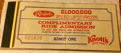 VINTAGE Knotts Berry Farm Adult Ride Admission Book (5)TICKETS INCLUDED 1970'S