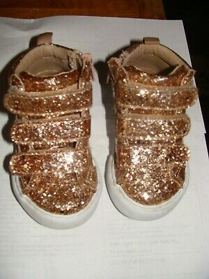 c7a8d6432a2 BABY GAP TODDLER Size 8 Gladiator Sandals...gold Sandals Size 8 ...