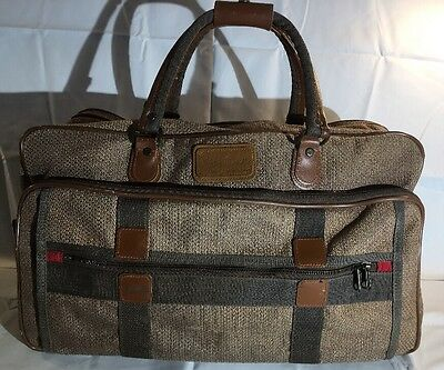 """19.5"""" x 6.5"""" Vintage Weaved Fabric/leather Reinforced Pierre Cardin Travel Bag"""