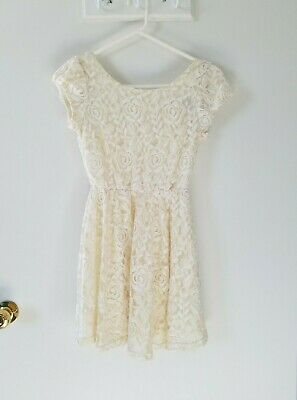 4ccb8d39ee LADIES JUNIORS FOREVER 21 white ivory lace pleated dress Size Small ...