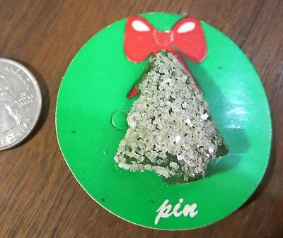 Molded Plastic Christmas Snow Covered Tree Lapel Pin Red White NEW on card