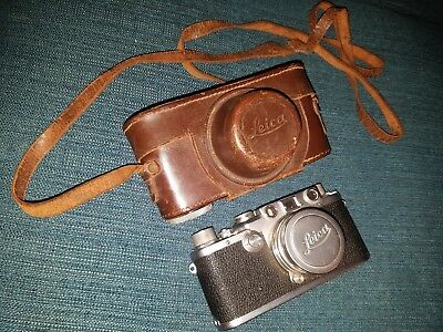 Leica D.R.P. Ernst Leitz Wetzlar Camera No.580151 Summitar f=5cm 1:2 Germany