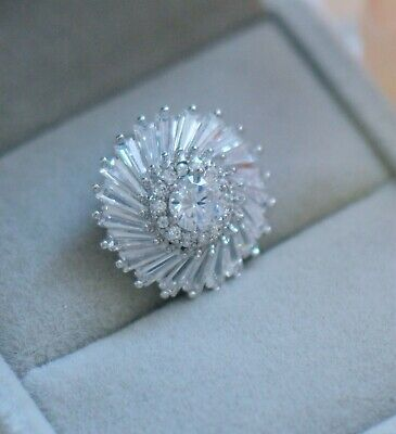 Vintage Jewellery Brooch with white sapphires antique Dress Jewelry