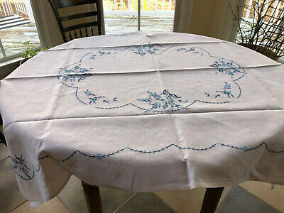 Vintage White Linen Embroidered Tablecloth and Six Matching Napkins