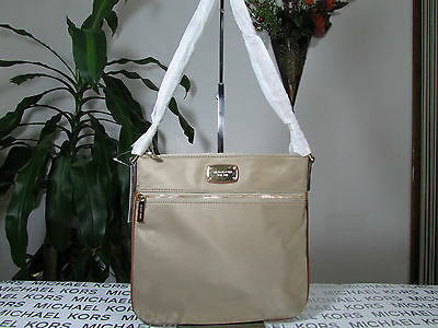 253e77c90bfa AUTHENTIC MICHAEL KORS Jet Set Item Nylon Large Pocket Tote Dusk ...