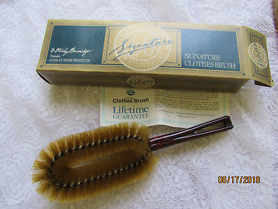 VTG Stanley Home Products Signature Clothes Lint Brush Westfield NOS NIP Brown