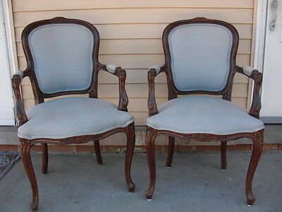 Vtg Pair Of Two French Provincial Arm Chairs Fauteuils (2)