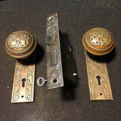 ANTIQUE Set Russell And Erwin Design BACKPLATES & DOORKNOBS, Mortise Lock