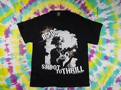 4d5659f6 ACDC Shoot to Thrill T-Shirt 100% cotton Mens Size Medium Black Hot Topic