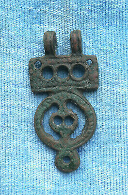 Ancient Viking Bronze pendant AMULET ZOOMORPHIC SPACE MOTIF GREAT SAVE VERY RARE