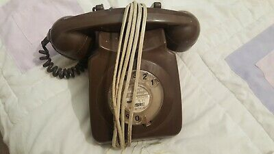 Old VINTAGE Rotary Dial GPO Telephone no. 8746 — Brown