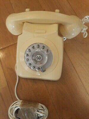 Old Style Dial telephone Cream @ 1970