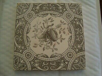 Unusual Tile with image of violin, horns and tamborine   20/10