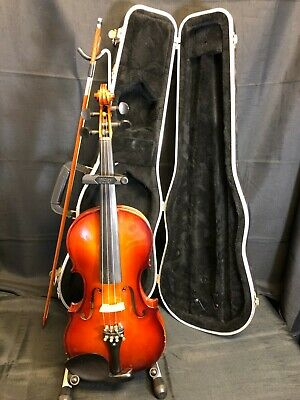 Used Nicolaus 4/4 Violin With Case