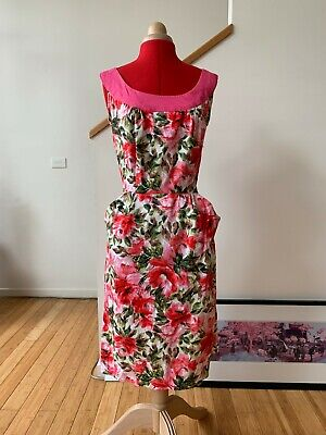 Vintage 50's style hand made pink floral wiggle dress with pockets - size Small
