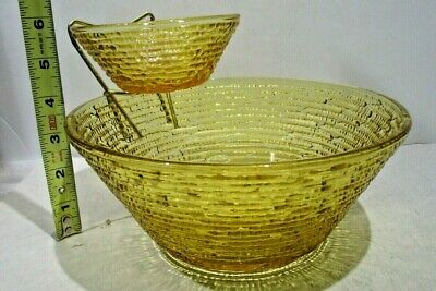 Vintage Anchor Hocking Honey Gold Glass Chip and Dip Bowl Set