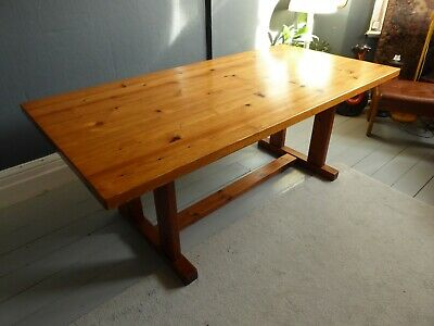 vintage rustic country kitchen Scandinavian nordic pine plank table shaker