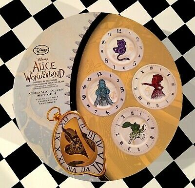 NEW DISNEY STORE (Tim Burton) Through the Looking Glass Collectors Plates