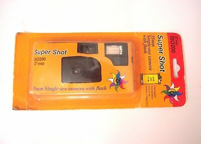 Super Shot 35 Single-Use Camera with Flash ISO200 27 Exp/ Expired 2006–M19