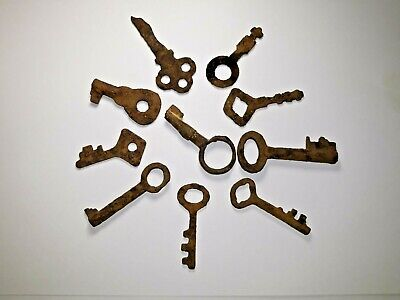 Collection old keys from 9 -17th century