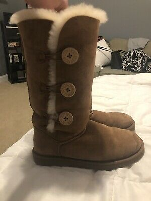 994fad56913 UGG BOOTS BAILEY Button 3 Triplet Tall brown Womens popular shoe Size 8