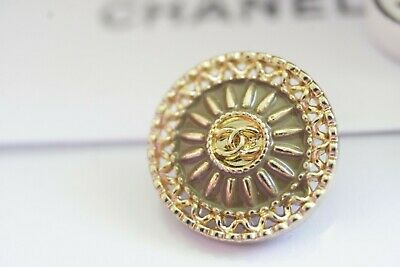 💗💖💕CHANEL BUTTONS lot of 2  logo CC  metal 0,7 inch 17 mm