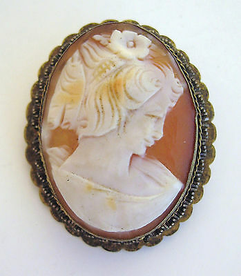 Vintage Victorian Spanish Lady Shell Cameo Pin Goldwashed Brass Twisted Wire