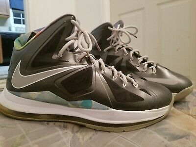 brand new dc27f 9bd52 Nike Air Max LEBRON X 10 PRISM size 12