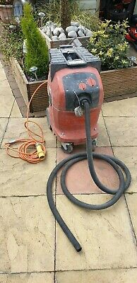 Hilti  Industrial  Vacuum Cleaner Dust extractor, 110V VC40um. WET AND DRY