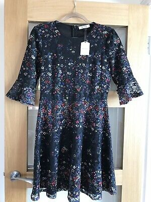 b7964d137834 Beautiful Oasis Lace Navy Floral Dress with Flute Sleeves BNWT Size S 8-10