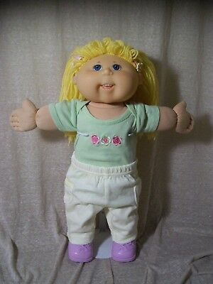 T2 2004 Play Along Cabbage Patch Kid, CPK, Blonde Hair/Blue Eyes, Pigtails