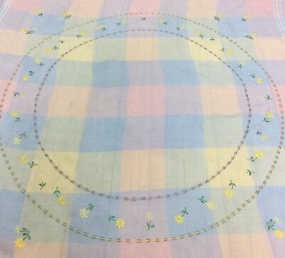 Vtg Irish Linen Pastel Checked Floral Embroidered Tablecloth Daisy Ring