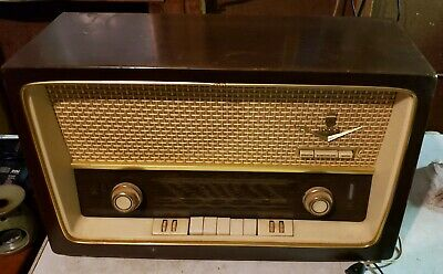 ( JUST REDUCED) VINTAGE 1950's GRUNDIG AM/FM/SW Tube Radio Model 3059