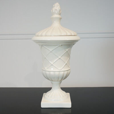 Porcelain White Lattice pattern Urn Vase with Lid