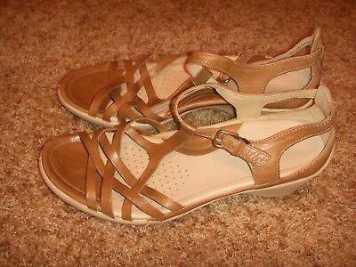 8c45e4690794 Ecco Leather Strappy Sandal Brown Biege Low Wedge Comfort Womens Size 38