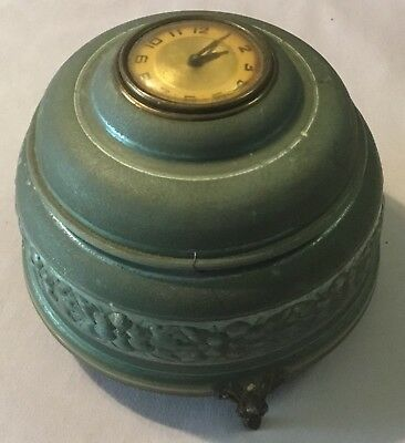 Lux Musical Powder Box With Clock In Lid - 1940's