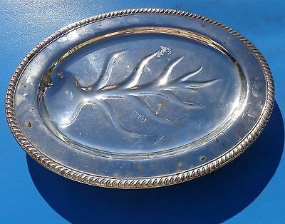 Meat Serving Oval Tray Platter Footed WM Rogers 810 Star Eagle Silverplate