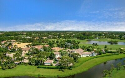 Breathtaking Land in Florida. 5,091 sq ft. VENUS, FL - NO RESERVE
