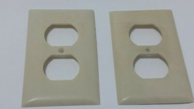 2 Vintage Sierra Electric Company Ivory Bakelite Duplex Outlet Covers  Plate