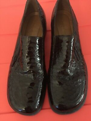 Women's Naturalizer Patent Leather Shoes Size 11 Dark Brown