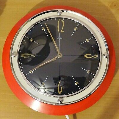 Superb Metamec Electric Wall Clock Red Bakelite 50s / 60s Working Synchronous